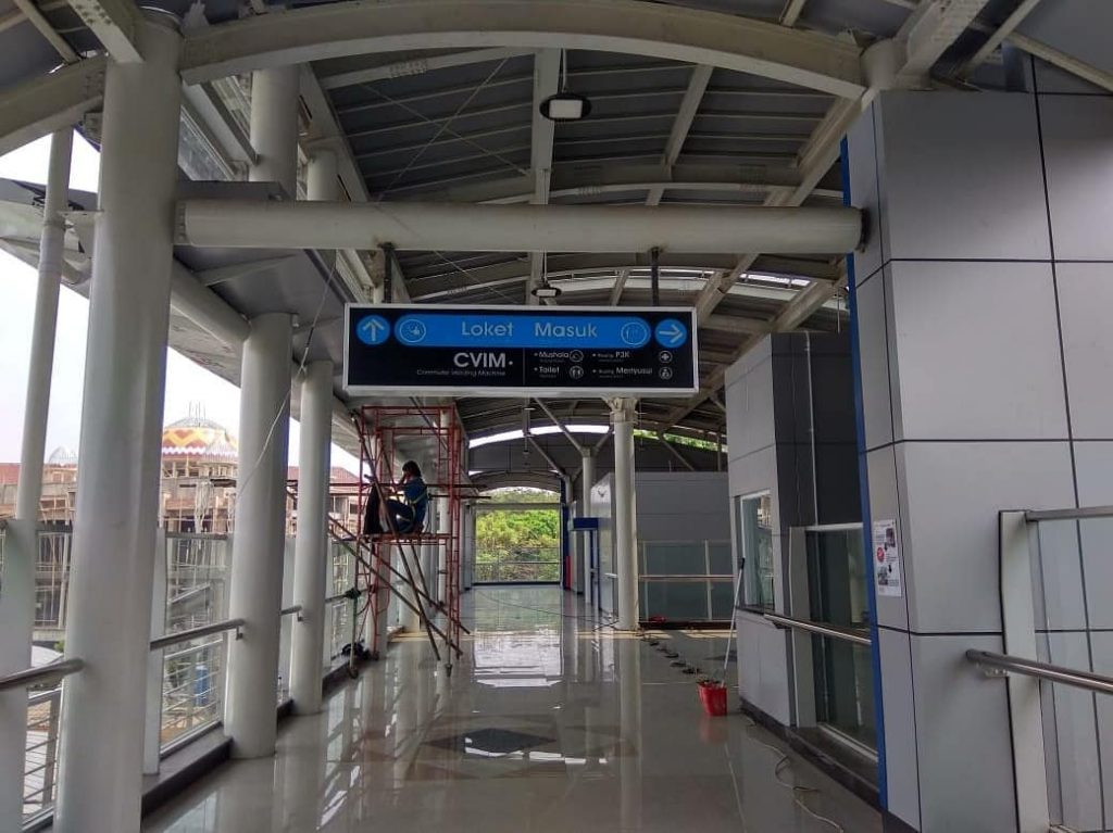 stasiun cakung