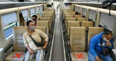 Pembatasan penumpang pada perjalanan KLB COVID