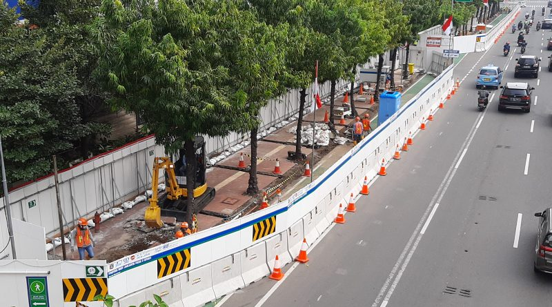 Proyek MRT Jakarta Fase 2 CP-201 yang dilakukan di kawasan Thamrin