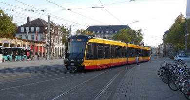 Ilustrasi trem di Karlsruhe