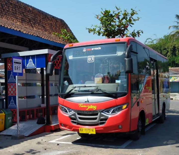 Armada bus TransJateng di Terminal Borobudur