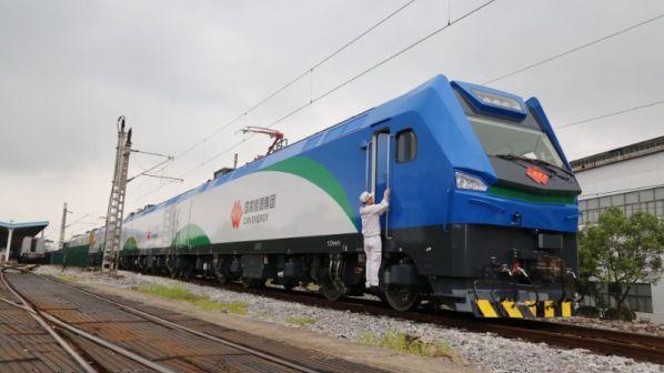 Lokomotif listrik angkutan barang berat Shen 24 produksi CRRC | Foto: CRRC via Railjournal