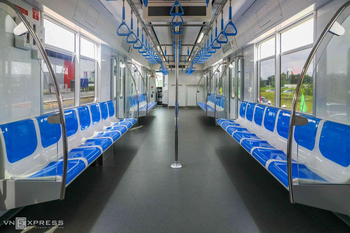 Tampak interior rangkaian Ho Chi Minh Metro   Foto: VNExpress International