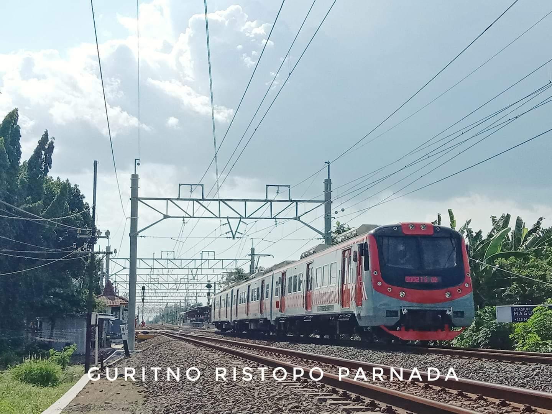 KRL KfW di Stasiun Maguwo