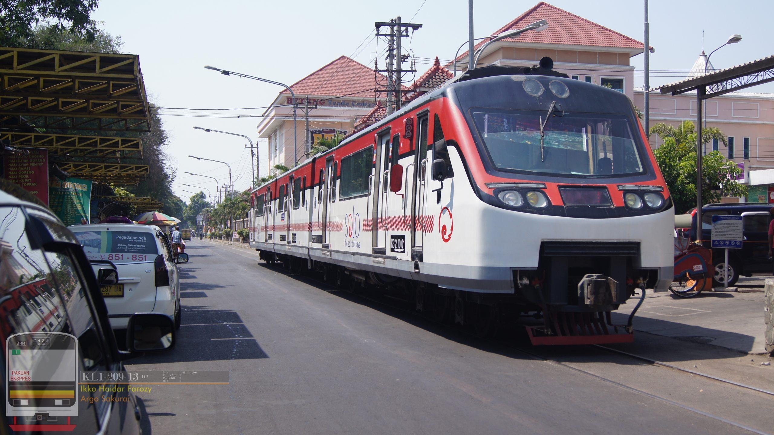 Rangkaian Railbus Batara Kresna