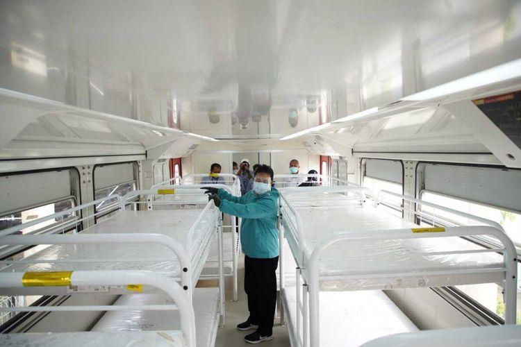 Interior Emergency Medical Train