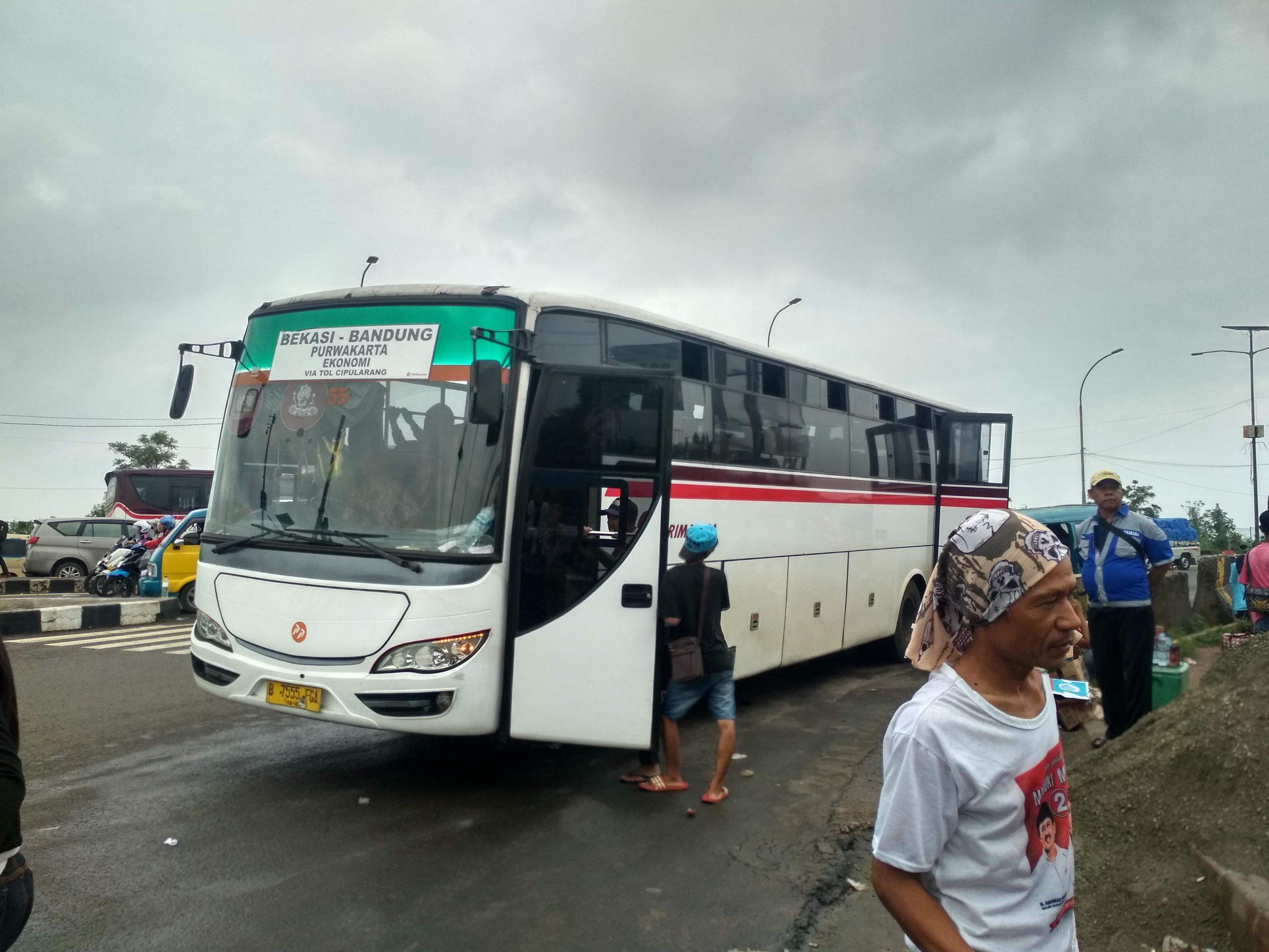 Primajasa Ekonomi non-AC Bandung-Bekasi