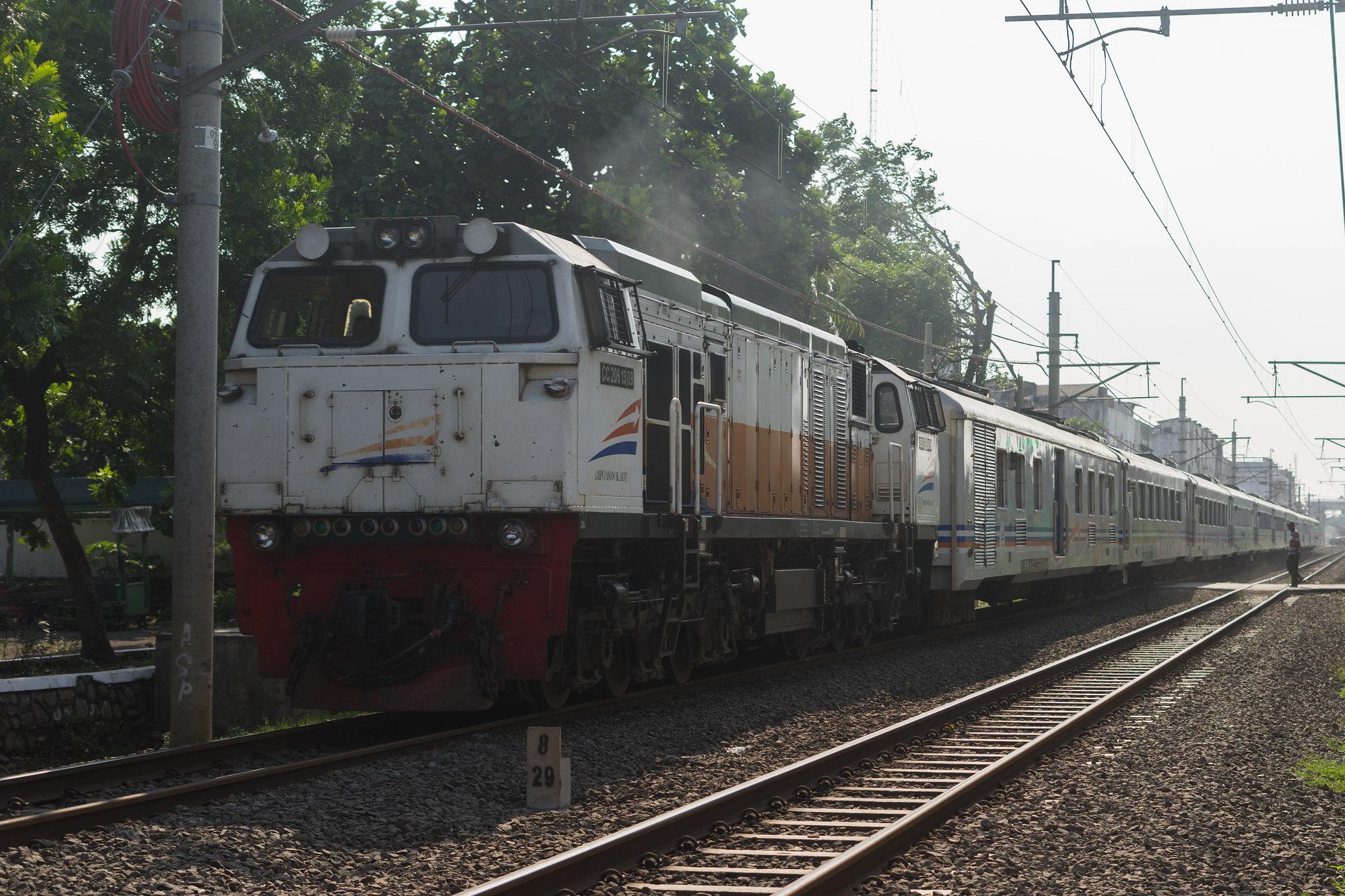Ilustrasi KA Brawijaya yang rangkaiannya sama dengan KA Bangunkarta