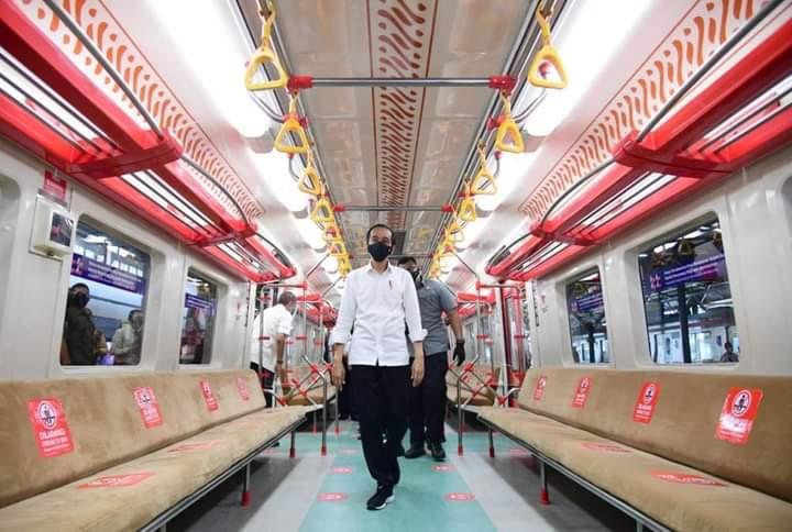 Presiden resmikan KRL Commuter Line Yogyakarta-Solo