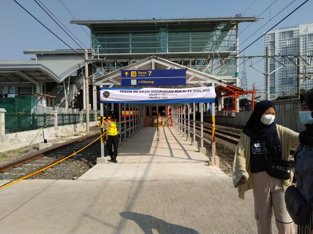 Bangunan baru Stasiun Bekasi