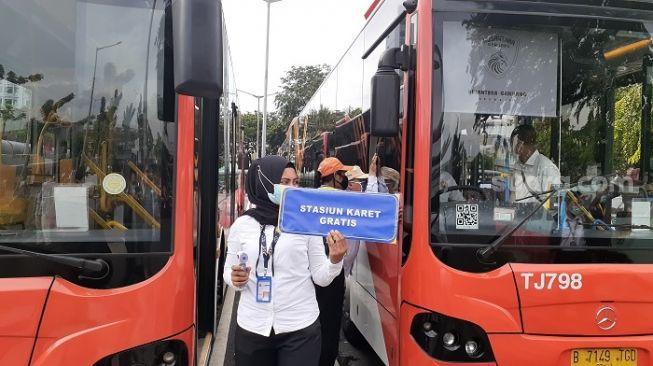 Bus TransJakarta gratis