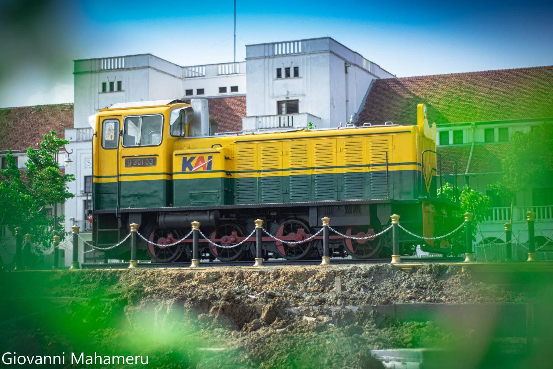 Lokomotif D30103