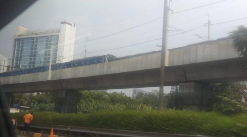MRT gangguan listrik