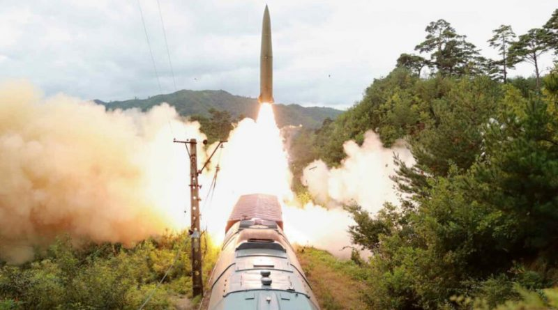 Korea Utara Pertontonkan Kemampuan Peluncuran Rudal dari KA